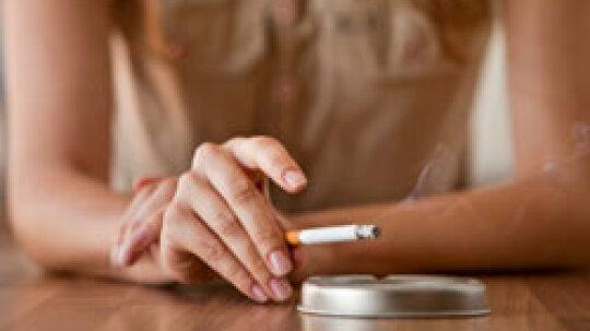 10 Reasons People Start Smoking