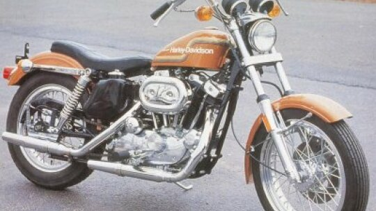 1975 Harley-Davidson XL-1000 and XR-750