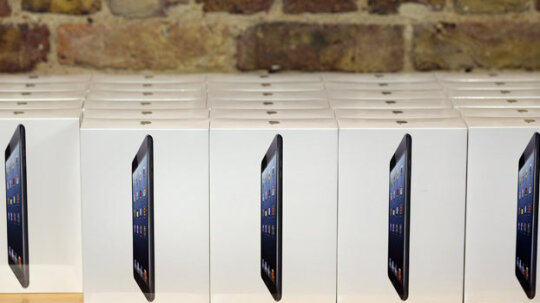 10 Must-have Gadgets for the 2012 Holiday Season