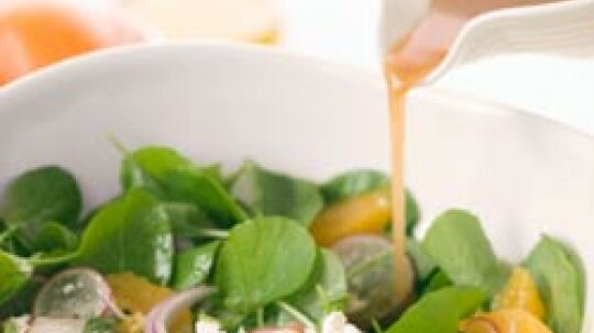How to Remove Oily Salad Dressing Stains