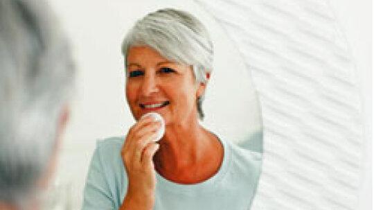5 Anti-aging Makeup Tips
