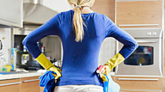 5 Speed Cleaning Tips for the Kitchen