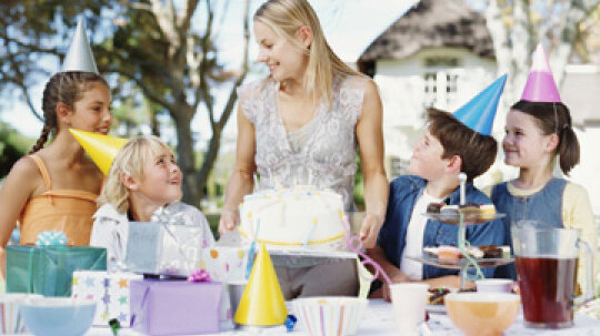 5 Things Kids Should Know: Party Etiquette