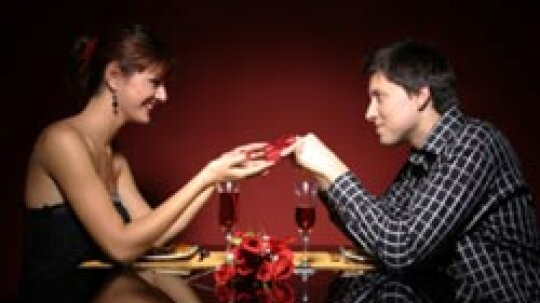 5 Tips for Having a Romantic Date at Home