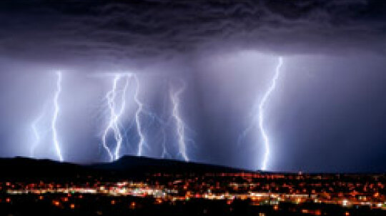 5 Worst Places to Be in a Thunderstorm