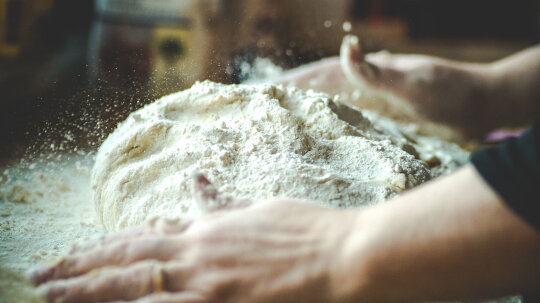 What's the Difference Between All-purpose and Self-rising Flours?