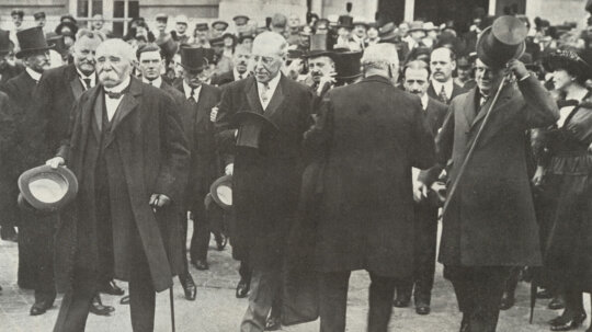 The Treaty of Versailles: Did the End of WWI Cause the Start of WWII?