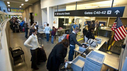 10 Travel-savvy Airport Tips