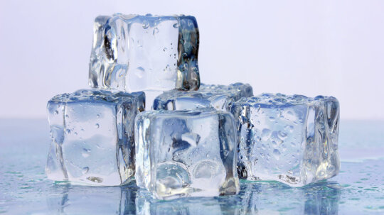 Why does anemia make people want to crunch on ice?