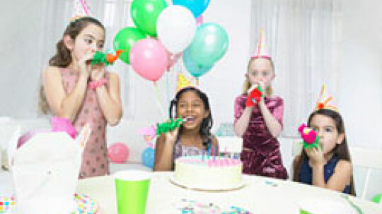 Top 5 Arts and Crafts Birthday Party Ideas