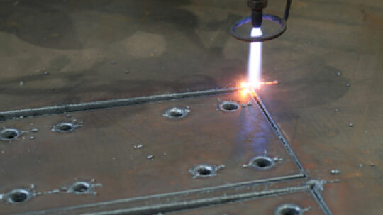 How Automotive Metal Cutting Works