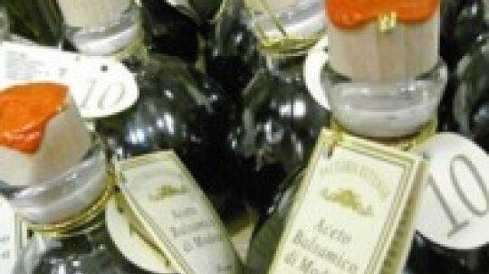 Uses for Vinegar: Beauty Tips