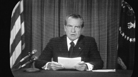 How the Watergate Scandal Worked