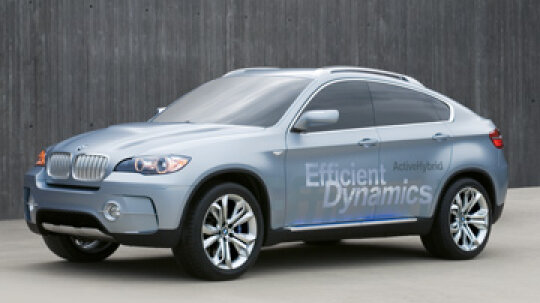 How the BMW X6 ActiveHybrid Works