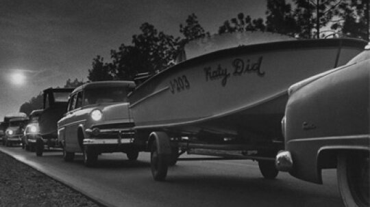 How Boat Towing Regulations Work