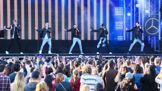 Why Are Boy Bands Bigger Stars Than Girl Groups?