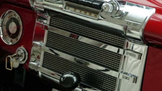 How to Build Your Own Custom Car Entertainment System
