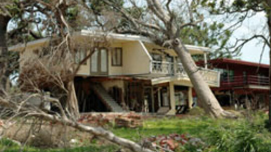 10 Reasons to Buy Homeowners Insurance