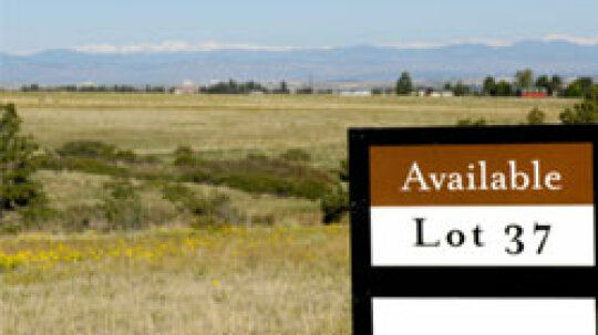 10 Things to Know Before Buying a Vacant Lot