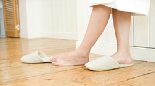 5 Ways to Take Care of Your Feet Every Day