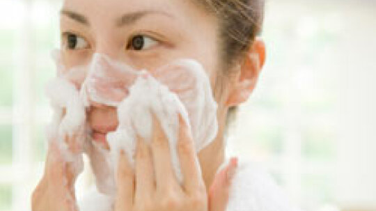 Top 5 Tips for Choosing a Daily Facial Cleanser