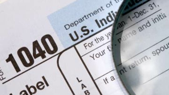 How can you claim student loan interest on your income tax return?