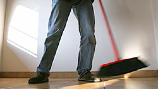 Clean Habits: Secrets to Managing Your Cleaning Workload