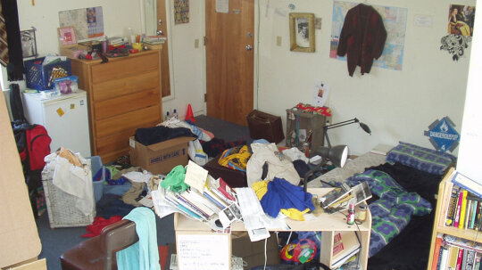 Clutter Takes a Huge Toll on Our Lives