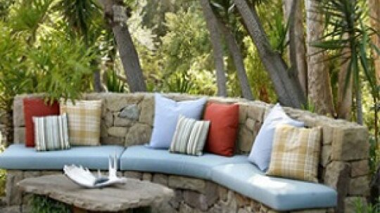 Cozy Touches for Outdoor Spaces