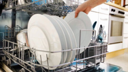 5 Creative Solutions in Hiding Your Dishwasher's Front Door