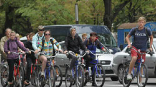 5 Ways to Cycle Safely in the City