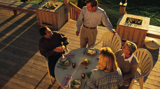 How to Design a Deck that Fits Your Lifestyle
