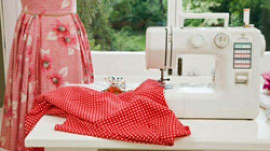 How to Design a Sewing Room