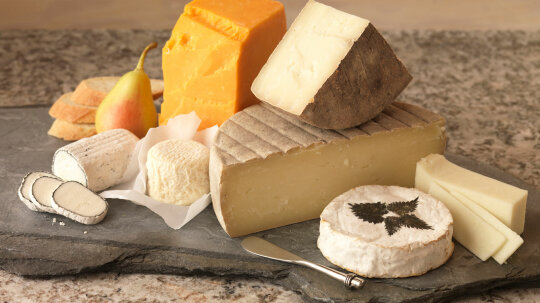 What Are the Different Types of Cheese?