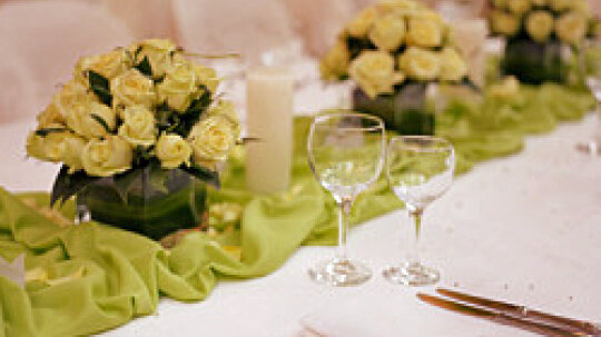 10 Centerpieces You Can Make Yourself