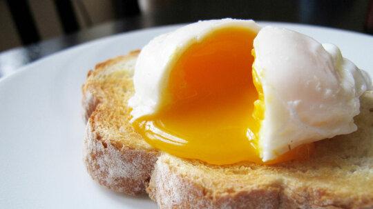 The Great Egg-Cholesterol Debate Just Got More Scrambled