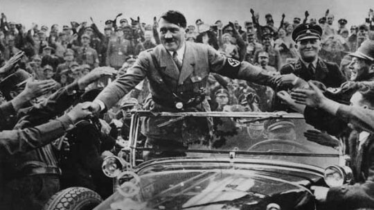 10 of the Biggest Lies in History