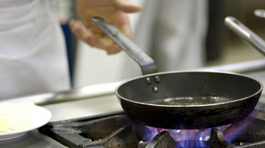 Which is greener, gas or electric cooking?