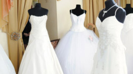A Girl's Glossary of Wedding Dress Terms