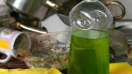 14 Green Kitchen Cleaning Tips