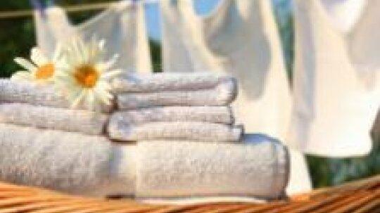 10 Green Laundry Tips