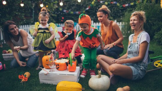 5 Things You Should Know: Halloween Safety Tips for Kids and Parents