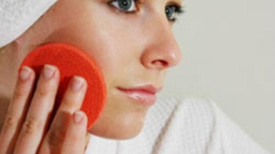 A DIY Guide to Exfoliating Face Scrubs