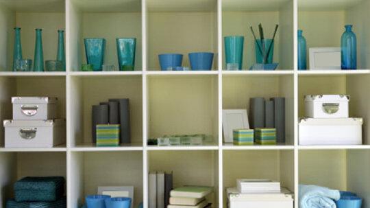 How to Organize Shelves