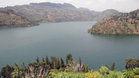 What Makes a 'Killer' Lake Explode?