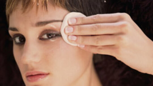 Top 5 Makeup Removers for Oily Skin