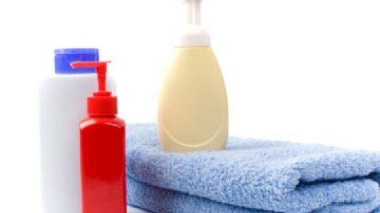 Why should men maintain a moisturizing regimen?