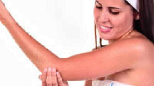 How to Moisturize Your Elbows