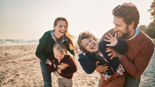 Mothers Prefer Daughters, Fathers Prefer Sons, Study Says