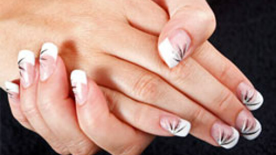 Quick Tips: Acrylic Nails and Your Health